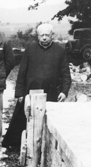 L'abbé Luc Maillet-Guy à l'Abbaye en 1927 (archives familiales)